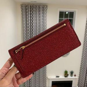 aa113242265e Michael Kors Bags - Michael Kors Giftable Flat Wallet